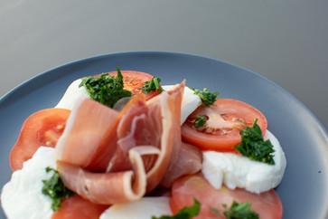 Mozzarella and Pesto Salad