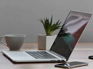 apple-cup-desk-7974.jpg
