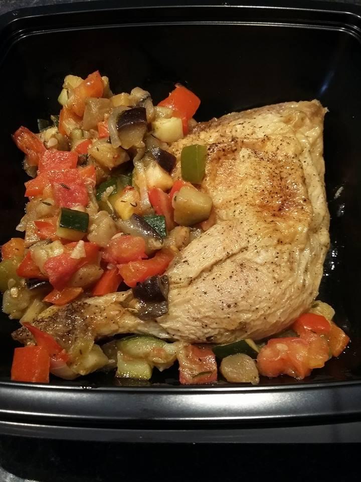 Cuisse de poulet ratatouille