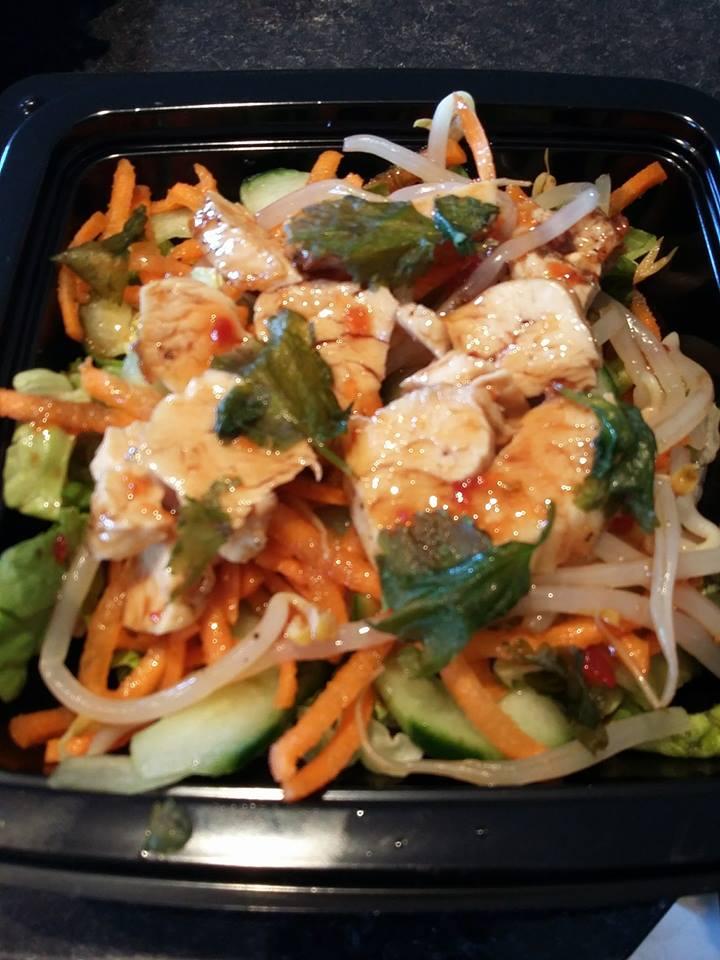 Salade asiatique au poulet
