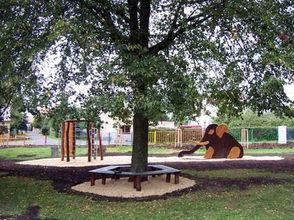 zahradni-a-parkova-hriste-lomnice-01.jpg