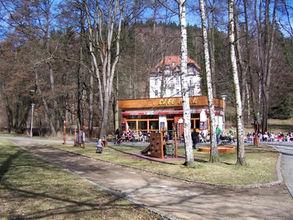 zahradni-a-parkova-hriste-cafe-park-03.j