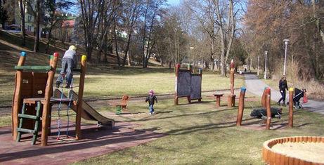 zahradni-a-parkova-hriste-cafe-park-04.j