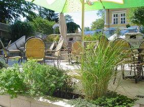zahradni-a-parkova-zahrada-na-strese-01.