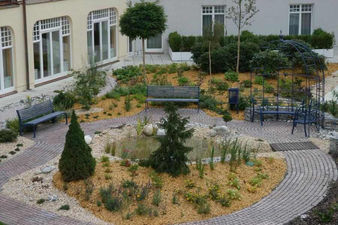 zahradni-a-parkova-zahrada-na-strese-03.