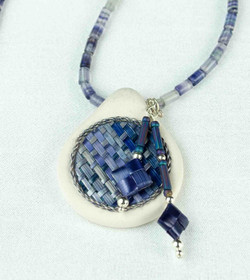 Dyed Wheat Woven Pendant