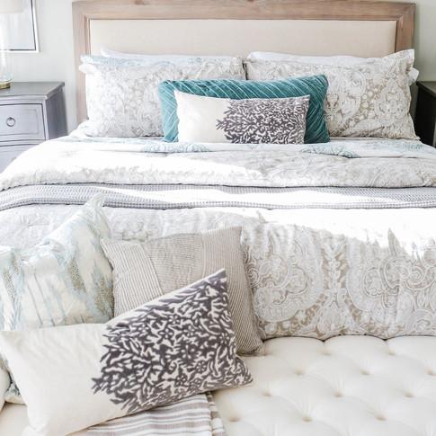 Mary+Hannah+Interiors+--+Quaint+Riverlights+Model+Home+--+Master+Bedroom