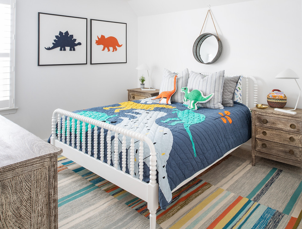 Mid-mod Coastal Casa: Home Tour, Kids Bedroom Mary Hannah Interiors