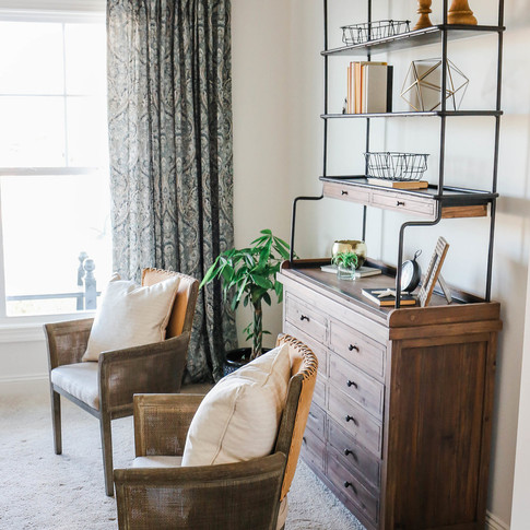 Mary+Hannah+Interiors+--+Quaint+Riverlights+Model+Home+--+In+Home+Office