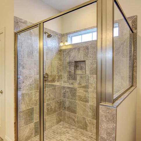 Mary+Hannah+Interiors+Portfolio+--+Riverlights+--+Portfolio+by+Room+--+Master+Bathroom