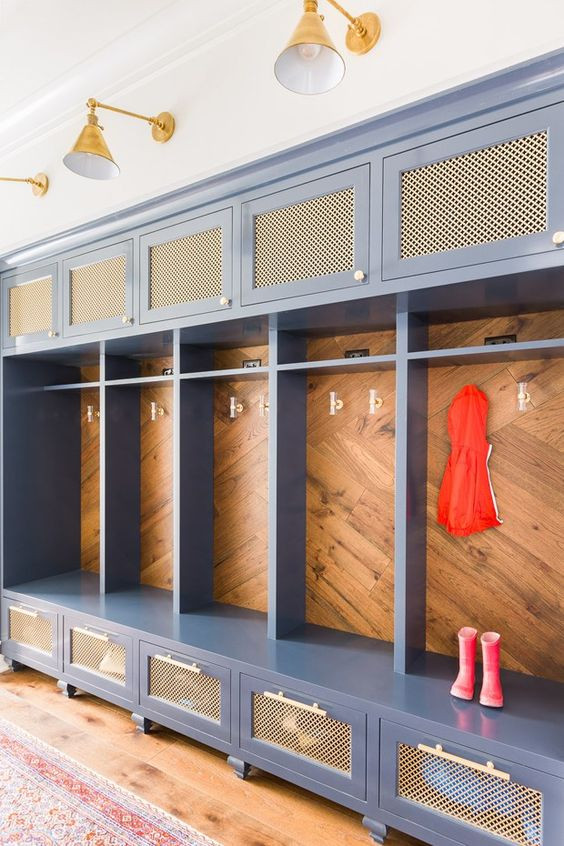 11+Mudrooms+That'll+Make+Your+Heart+Stop+--+Mary+Hannah+Interiors