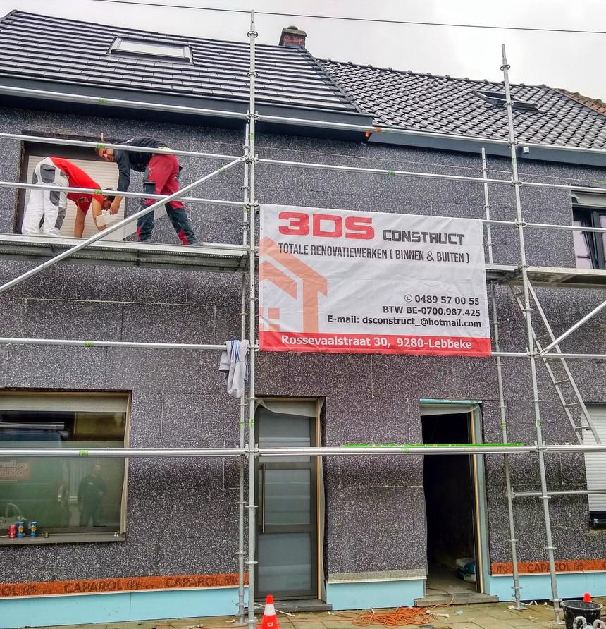 renovatie van gevel met crepi en isolatie in Dendermonde - tijdens
