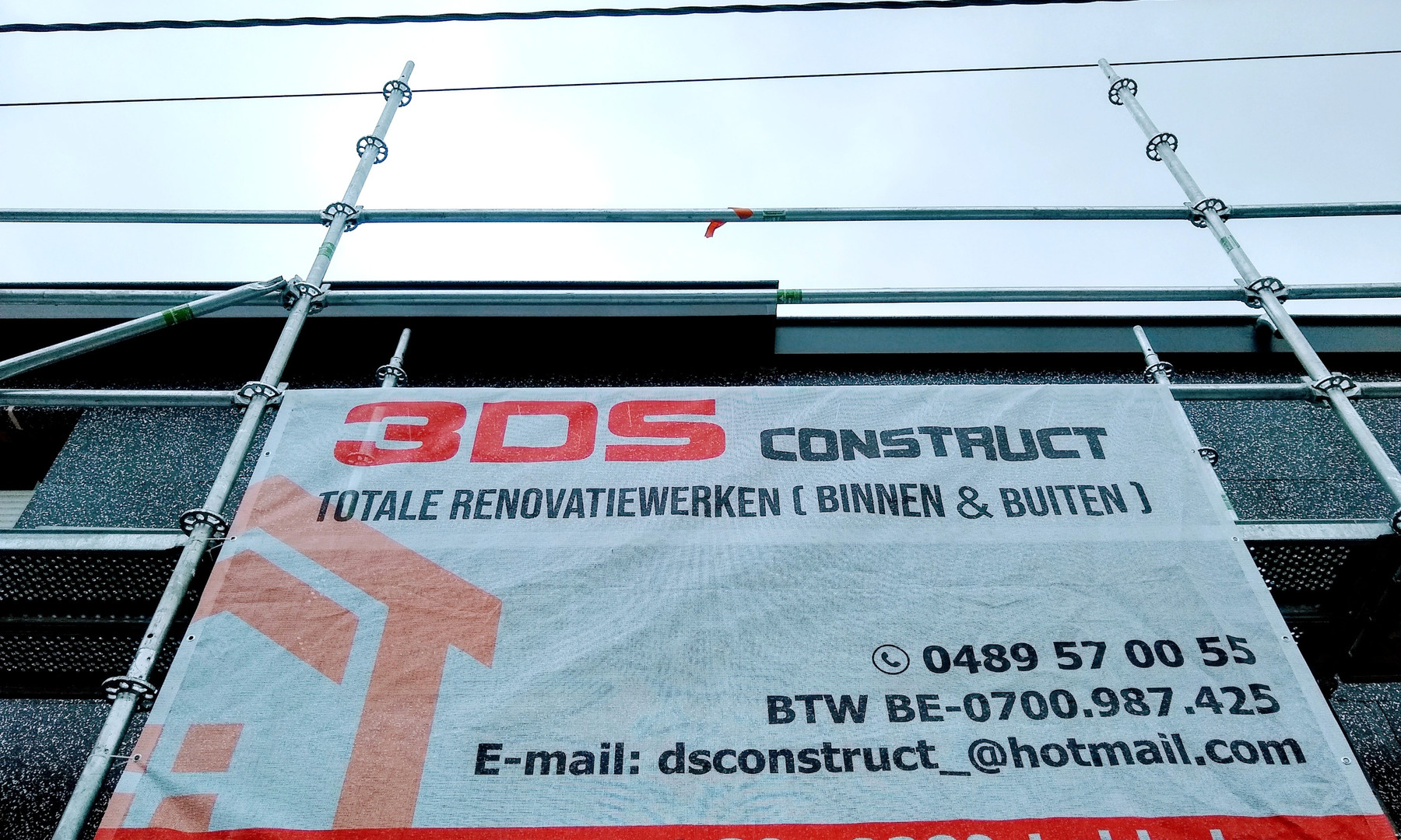 renovatie voorgevel met isolatie en crepi in Sint-Gillis-Dendermonde