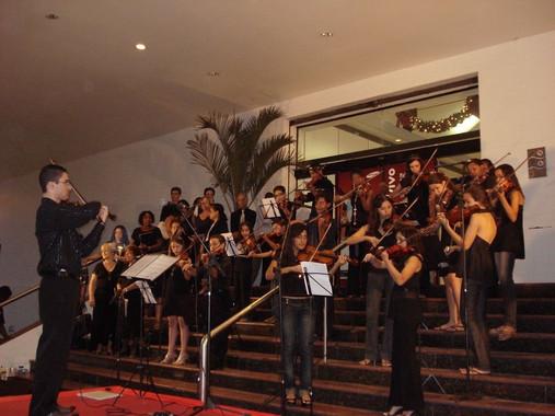 Violinista Thiago Bernardes - Concerto realizado no São Gonçalo Shopping
