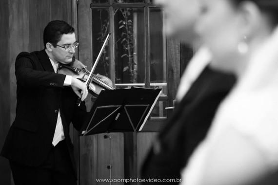 Violinista Thiago Bernardes - Casamento realizado na Capela do Colégio Abel em Niterói