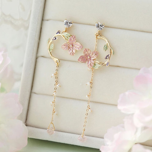 Elegant Pink Flowers Leaves Pendant Earrings