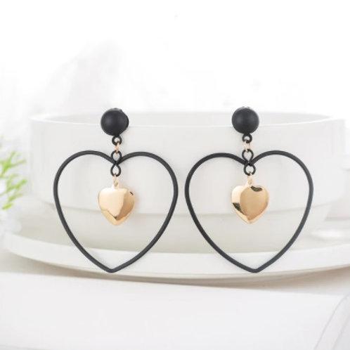Trendy Style Golden Black Heart-Shaped Earrings