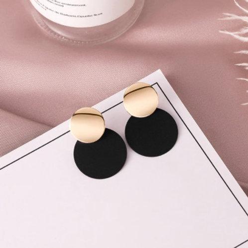 Stunning Vintage Round Black Earrings