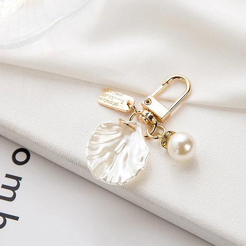 Lovely Petite Korean Pearl Shell Key Chain_Design 2