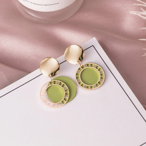 Stunning Vintage Round Acrylic Drop Green Earrings