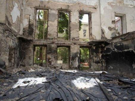 Curto em aparelho de ar-condicionado causou o incêndio do Museu Nacional, diz perícia
