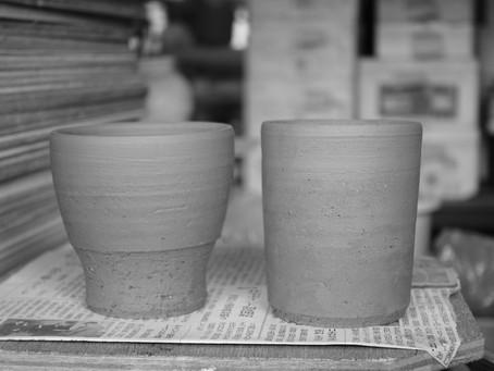 [告知]作陶家 南雲英則 『暮らしのなかの器』展 開催 / スモールマウンテン オリジナルマグカップ発売のお知らせ
