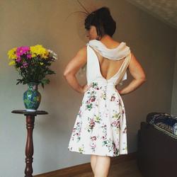 Handmade #weddingguest dress 😍 Chiffon shoulder detail, pearl buttons, low back #fashion #fashionde