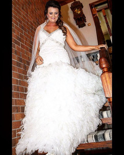 Here's an alteration job I completed recently!❤️The bride wanted feathers added to her dress (hundre