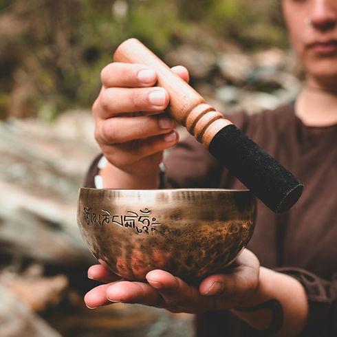 Tibetan-bowl-healing.jpg