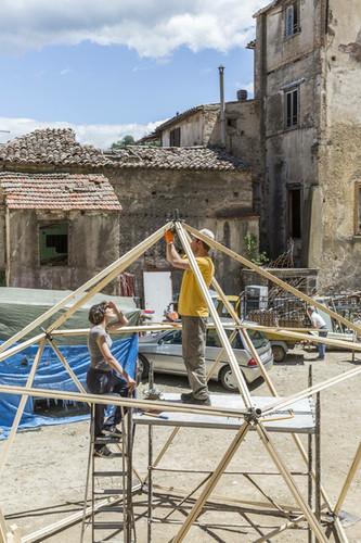 Antonio Scarponi / Conceptual Devices, Cosenza Selva Oscura, work in progress. Photo ©Filippo Romano.