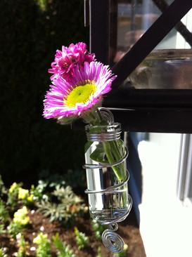 Funky Finds - flower vase.JPG