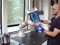 human-robot making