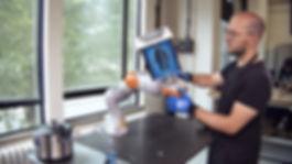 human_robot_making_kamolz.jpg