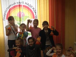 Проведение мастер-класса «Забавный питомец» для школьников посещающих городской лагерь на базе школ
