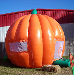 Bounce house at Jupiter Pumpkin Patch