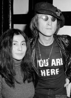 R-9_John_Yoko1971_Gruen-236x325.jpg