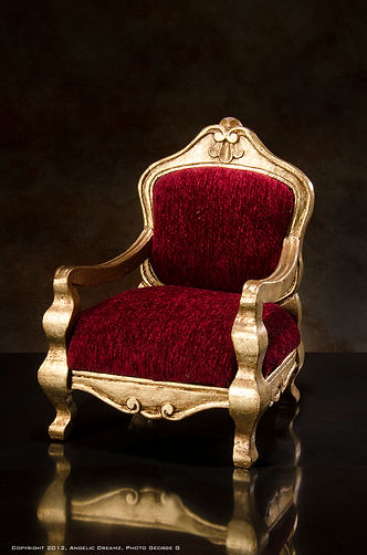 JAMIEshow Furniture
