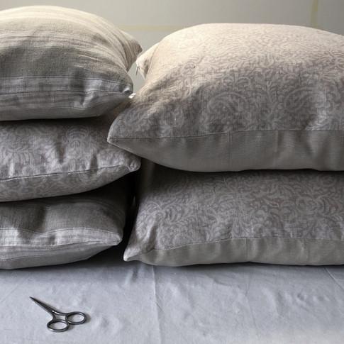 Cushion pile