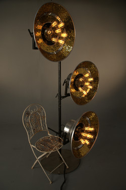 gold bunch on tread mono stands (3)