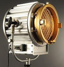 Unique Silver 2K Caster Film Light