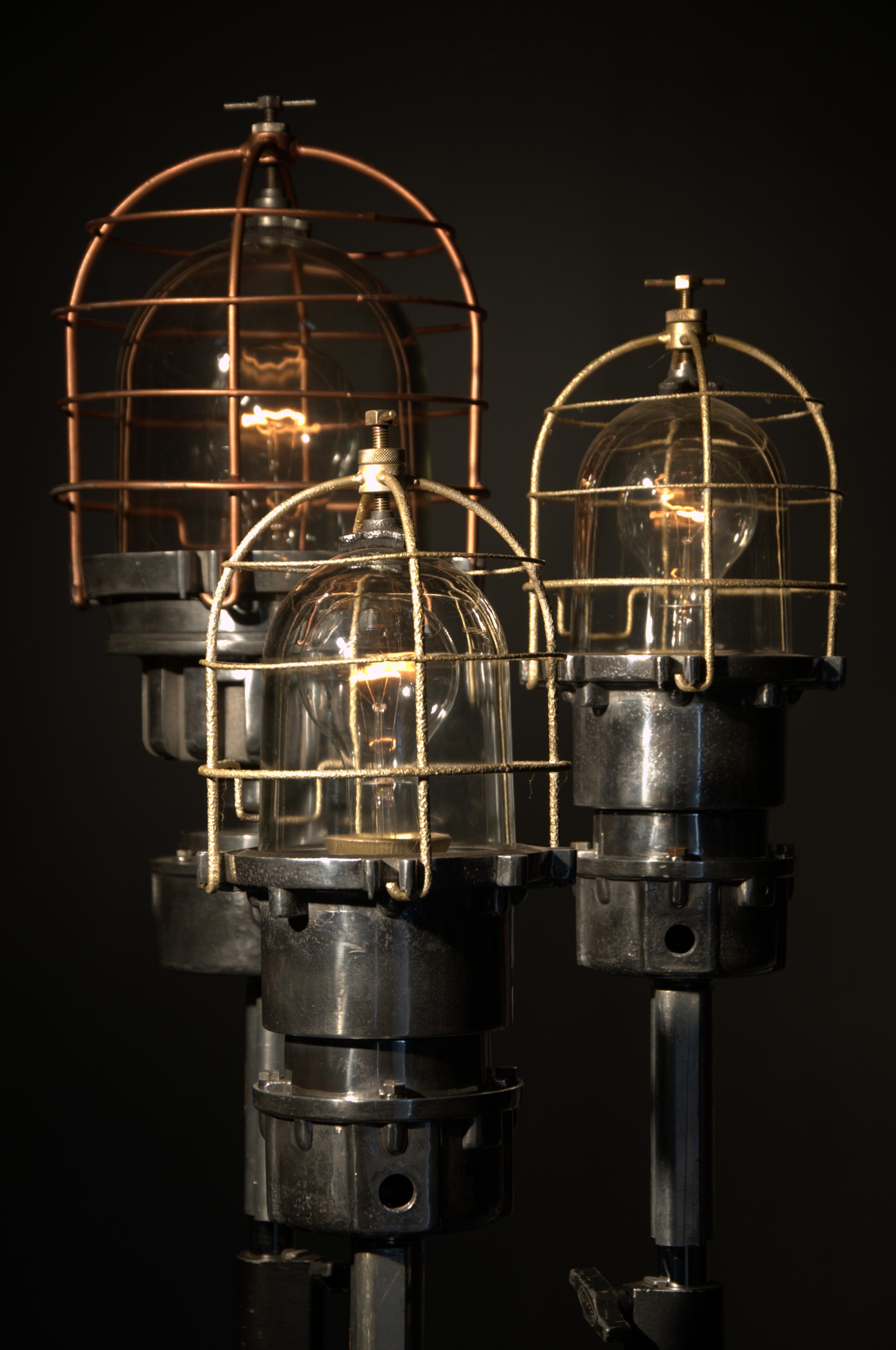 navigation lights (1)