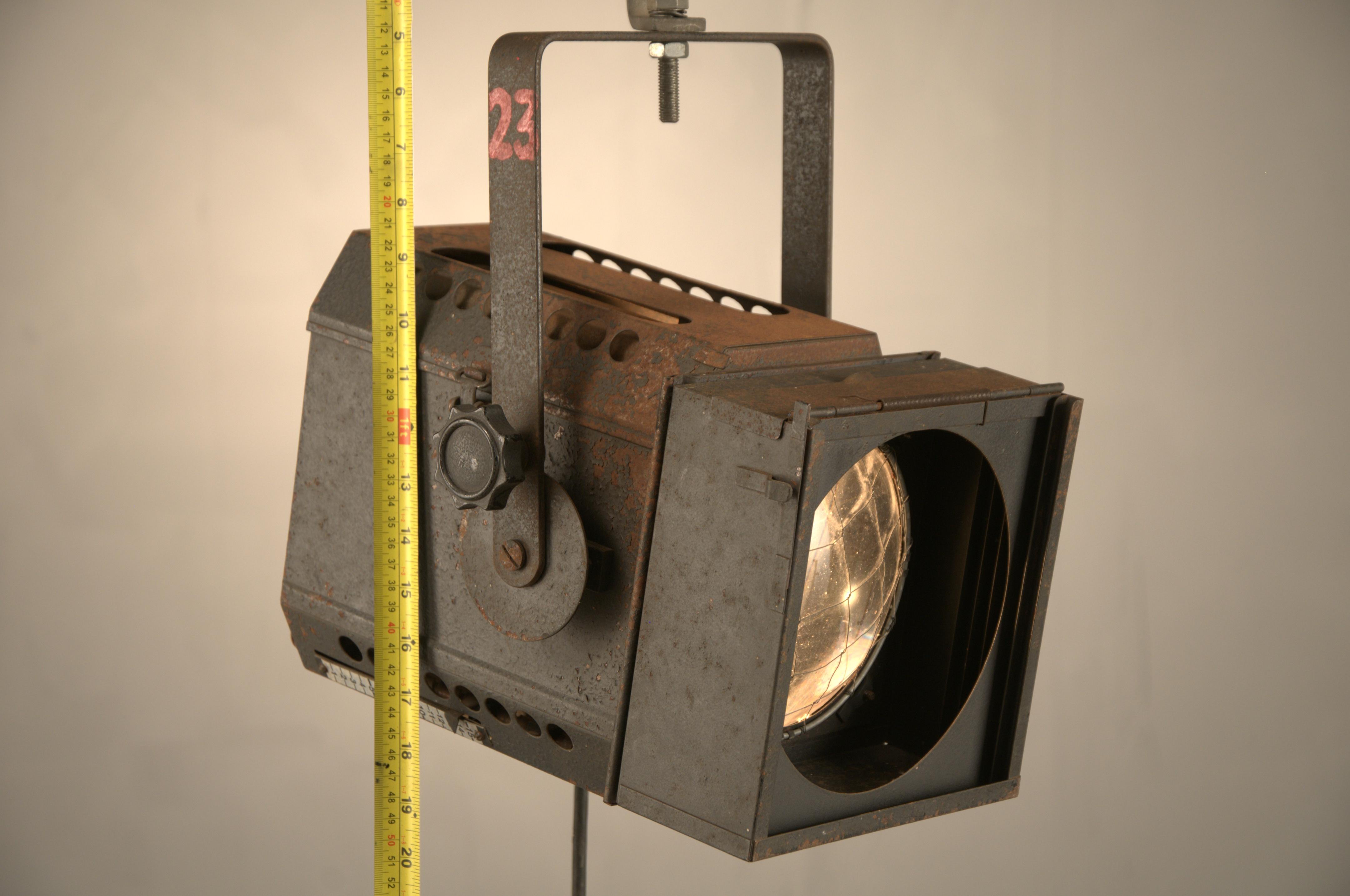 REICH & VOGEL LIGHT (5)