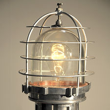 Large Navigation Light.jpg