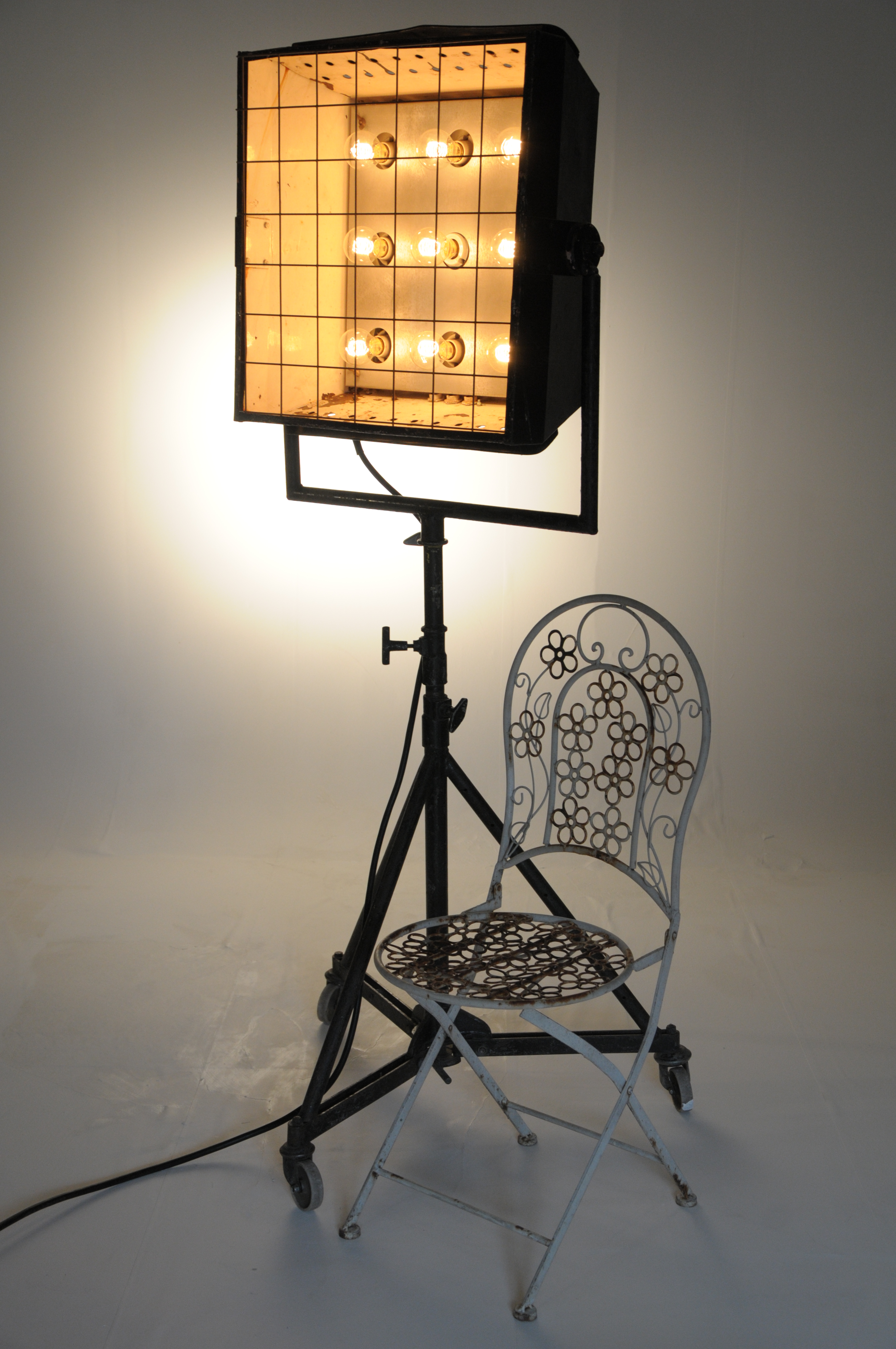 Nine Light on Heavy Collp Stand