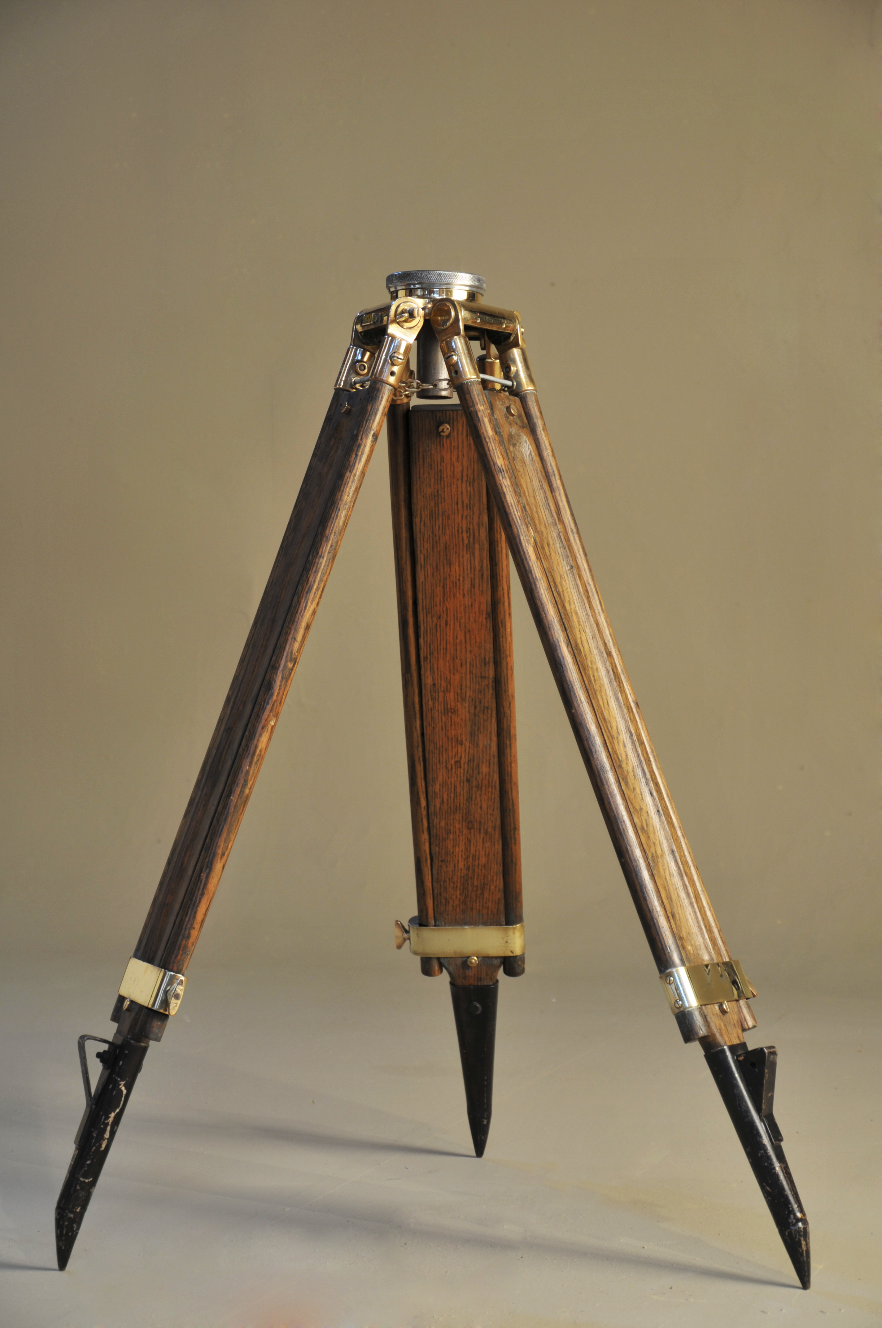 Wooden Tripod (6) copy