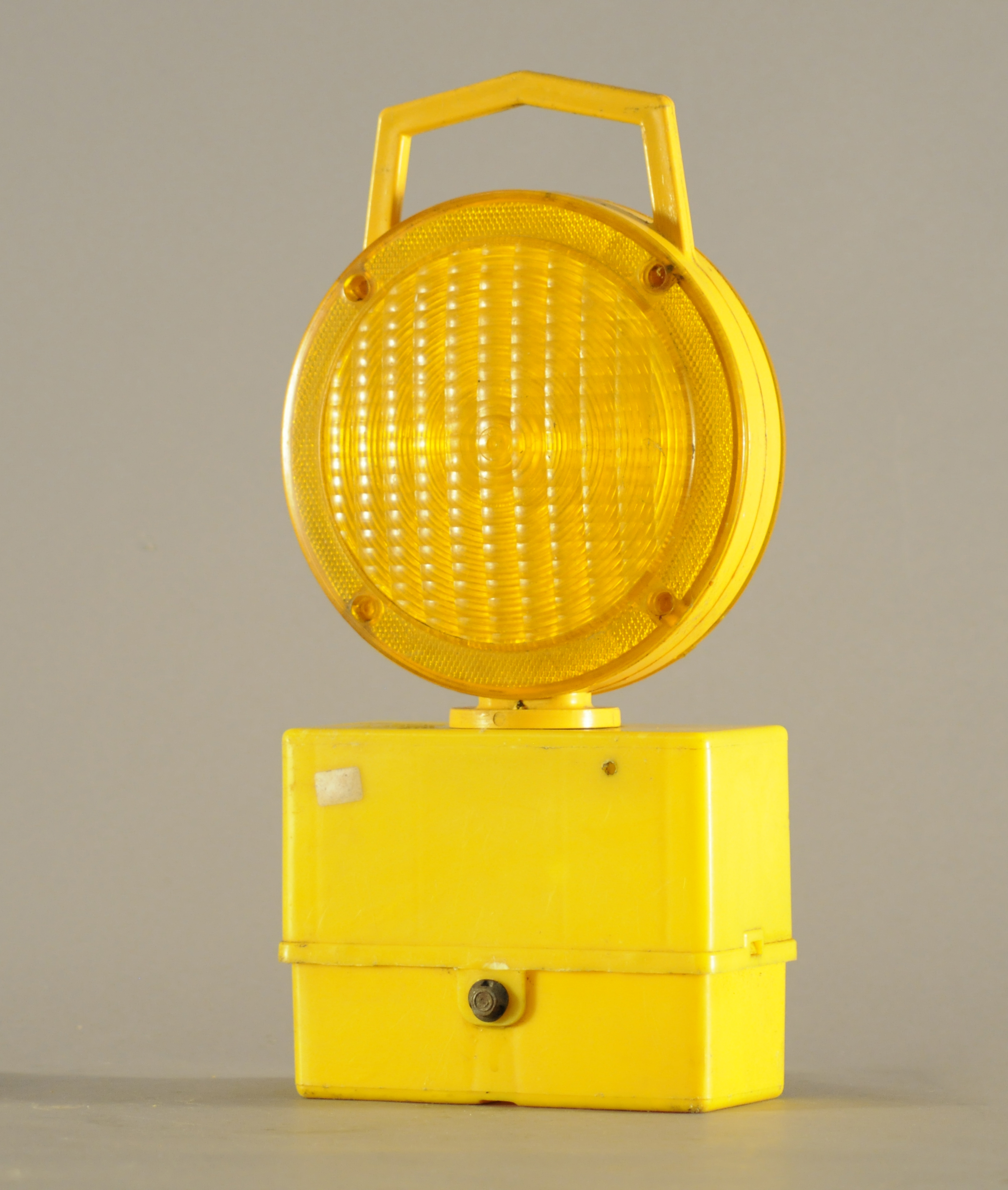 Worklight: Yellow Plastic Large