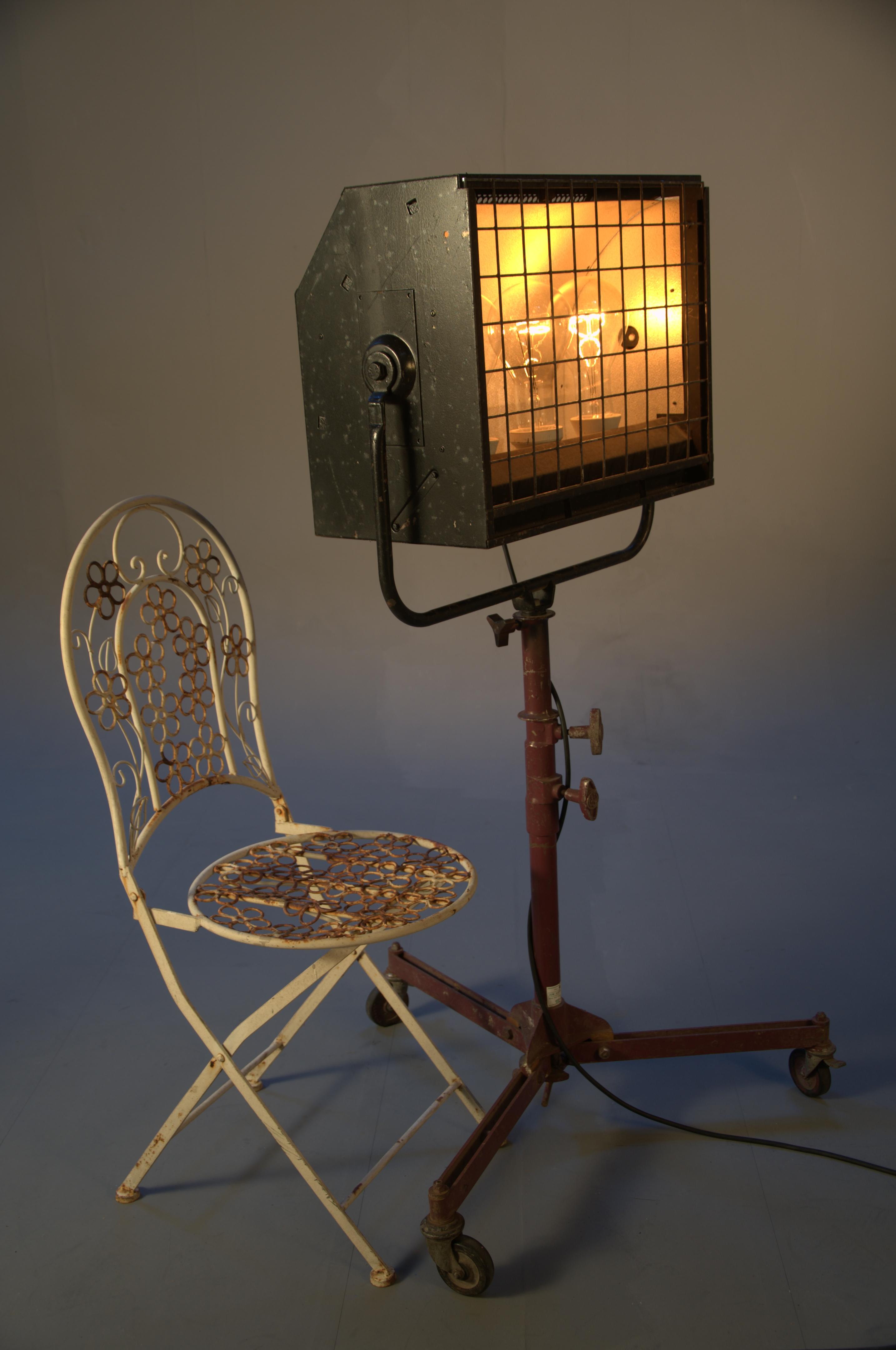 TREAD triple box light (2)