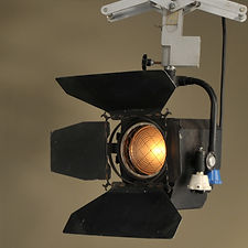 Quartzcolour Polaris 1KW Spot Light
