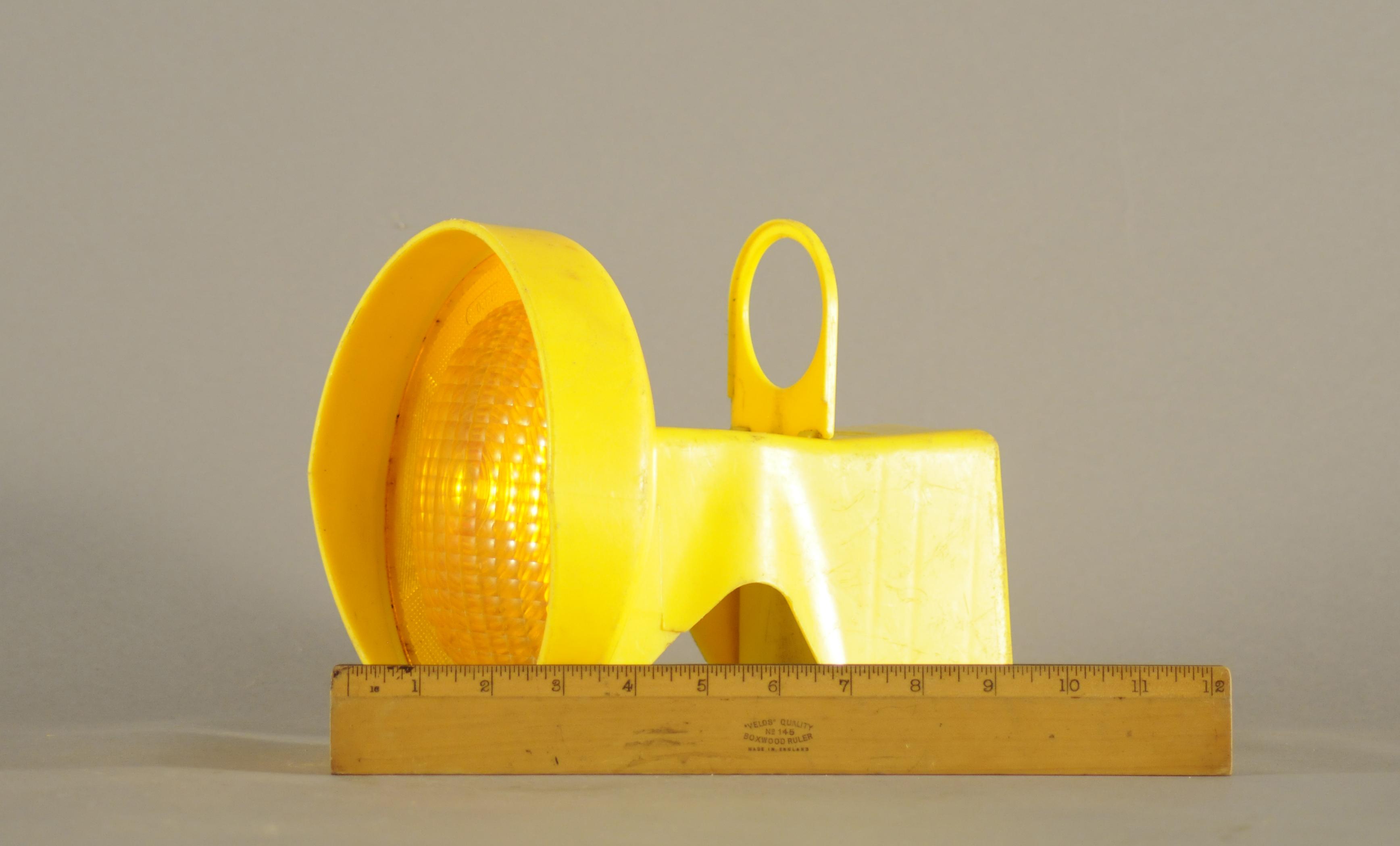 Worklight: Yellow Plastic Small