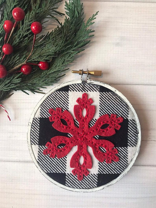 Buffalo Plaid Holiday Hoop Art